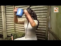 lucknow bhabhi taking shower filmed by her devar