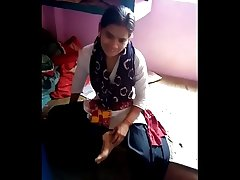 Desi cute girl effectively blowjob very nice.